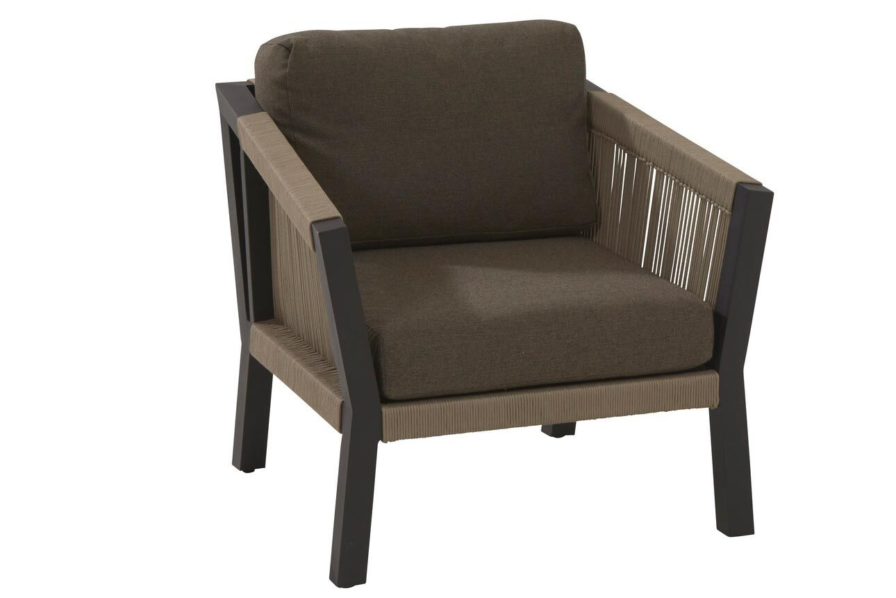 Oslo living chair with 2 cushions